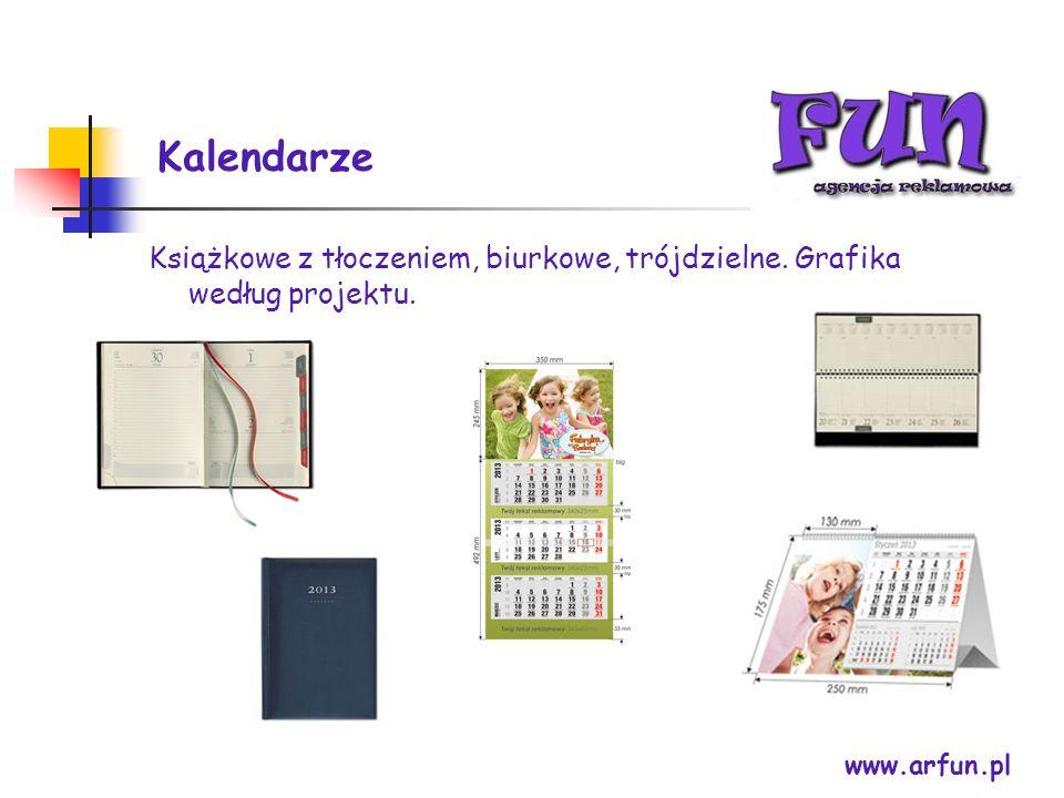 Kalendarze Książkowe z tłoczeniem, biurkowe, trójdzielne.