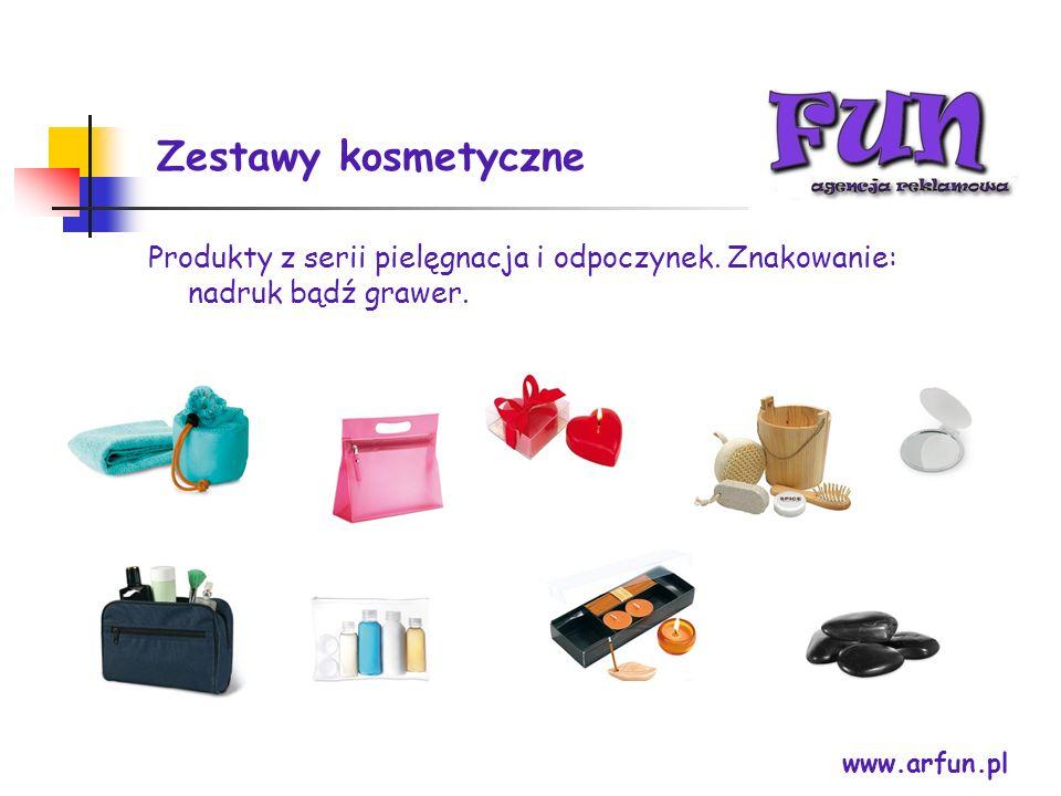 Zestawy kosmetyczne Produkty z serii pielęgnacja i odpoczynek. Znakowanie: nadruk bądź grawer. www.arfun.pl.