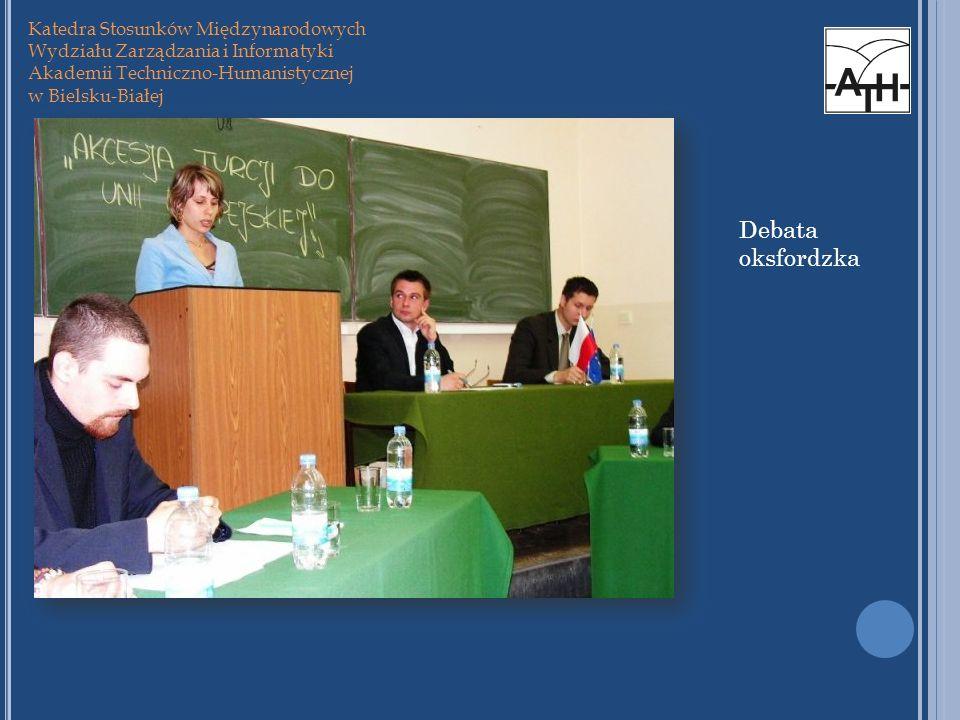 Debata oksfordzka Katedra Stosunków Międzynarodowych