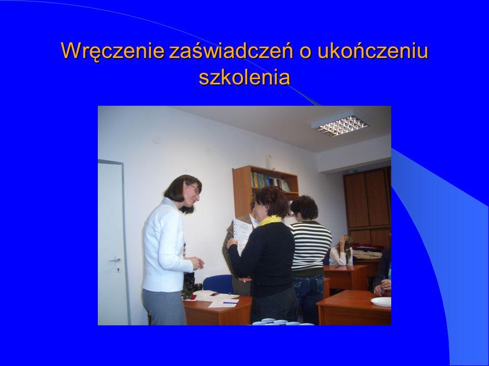 Wręczenie zaświadczeń o ukończeniu szkolenia
