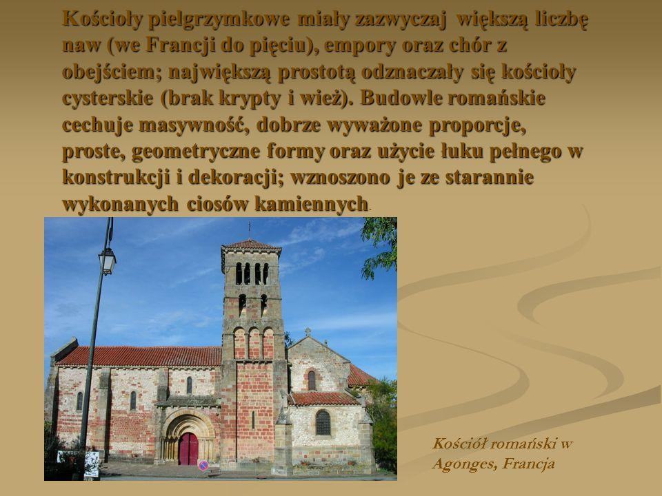 Kościoły pielgrzymkowe miały zazwyczaj większą liczbę naw (we Francji do pięciu), empory oraz chór z obejściem; największą prostotą odznaczały się kościoły cysterskie (brak krypty i wież). Budowle romańskie cechuje masywność, dobrze wyważone proporcje, proste, geometryczne formy oraz użycie łuku pełnego w konstrukcji i dekoracji; wznoszono je ze starannie wykonanych ciosów kamiennych.