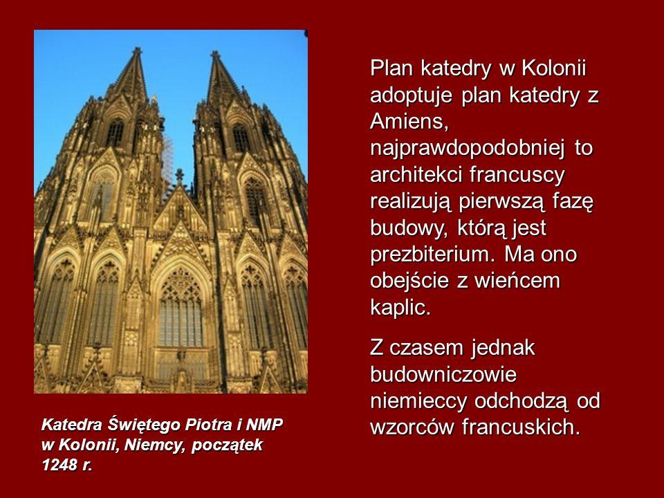 Plan katedry w Kolonii adoptuje plan katedry z Amiens, najprawdopodobniej to architekci francuscy realizują pierwszą fazę budowy, którą jest prezbiterium. Ma ono obejście z wieńcem kaplic.