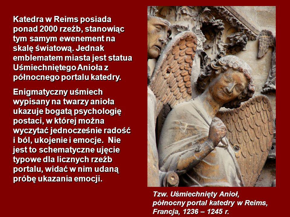 Katedra w Reims posiada ponad 2000 rzeźb, stanowiąc tym samym ewenement na skalę światową. Jednak emblematem miasta jest statua Uśmiechniętego Anioła z północnego portalu katedry.
