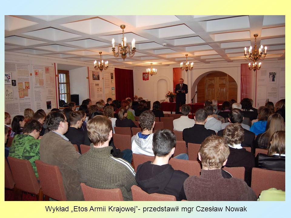 """Wykład """"Etos Armii Krajowej - przedstawił mgr Czesław Nowak"""