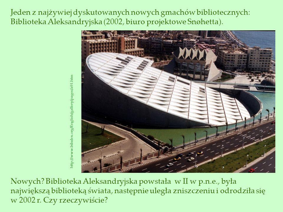 Jeden z najżywiej dyskutowanych nowych gmachów bibliotecznych: Biblioteka Aleksandryjska (2002, biuro projektowe Snøhetta).