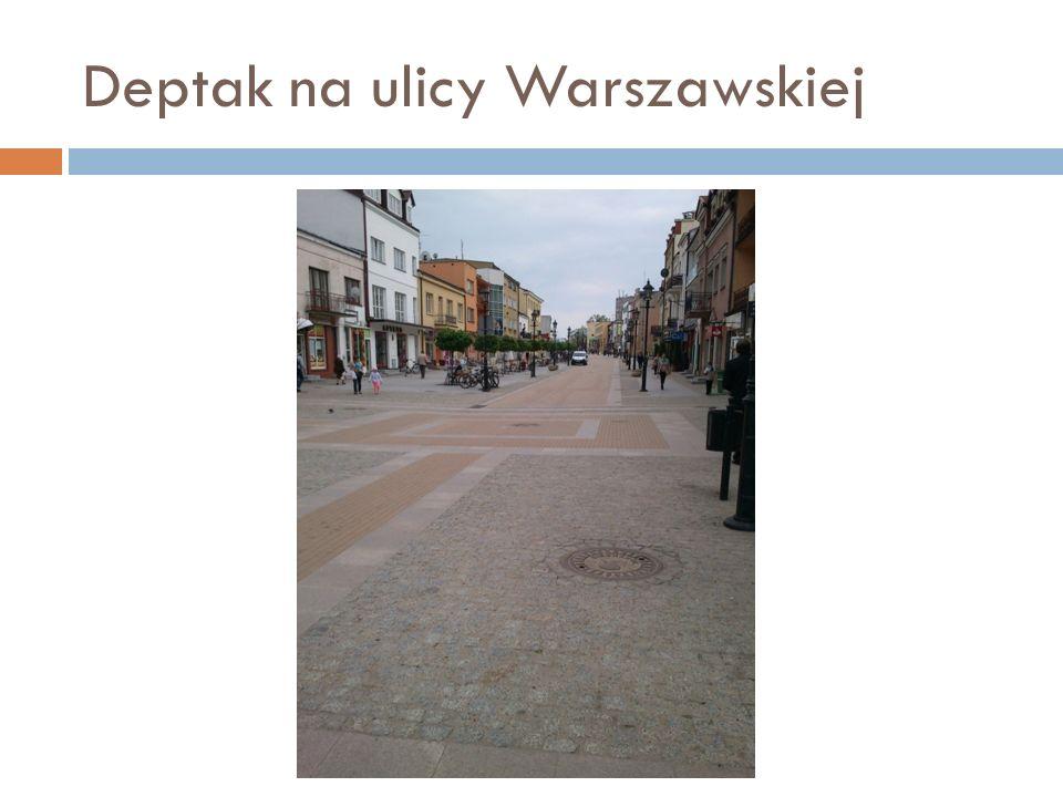 Deptak na ulicy Warszawskiej