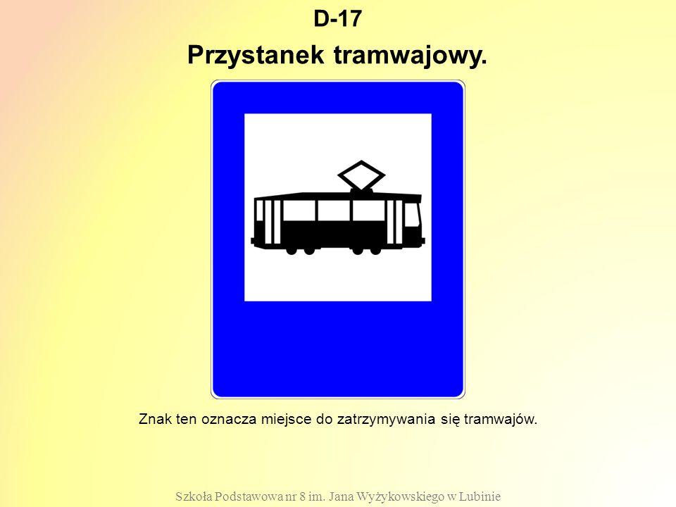 Przystanek tramwajowy.