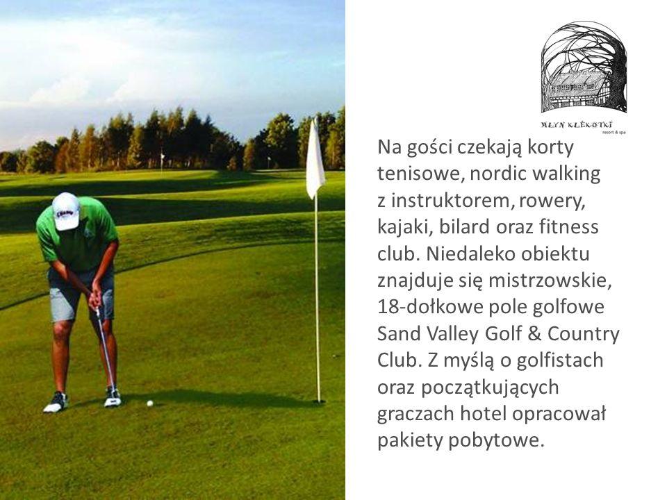 Na gości czekają korty tenisowe, nordic walking z instruktorem, rowery, kajaki, bilard oraz fitness club.