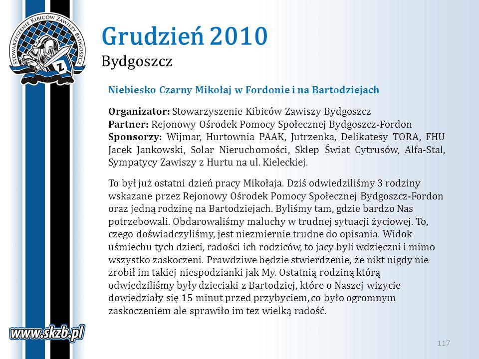 Grudzień 2010 Bydgoszcz Niebiesko Czarny Mikołaj w Fordonie i na Bartodziejach. Organizator: Stowarzyszenie Kibiców Zawiszy Bydgoszcz.