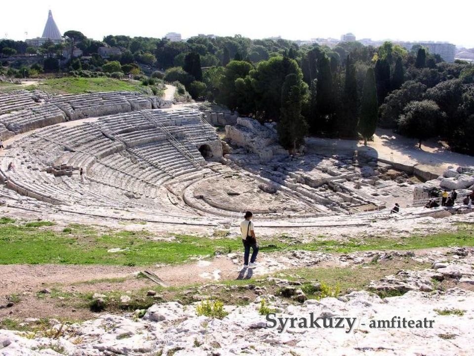 Syrakuzy - amfiteatr