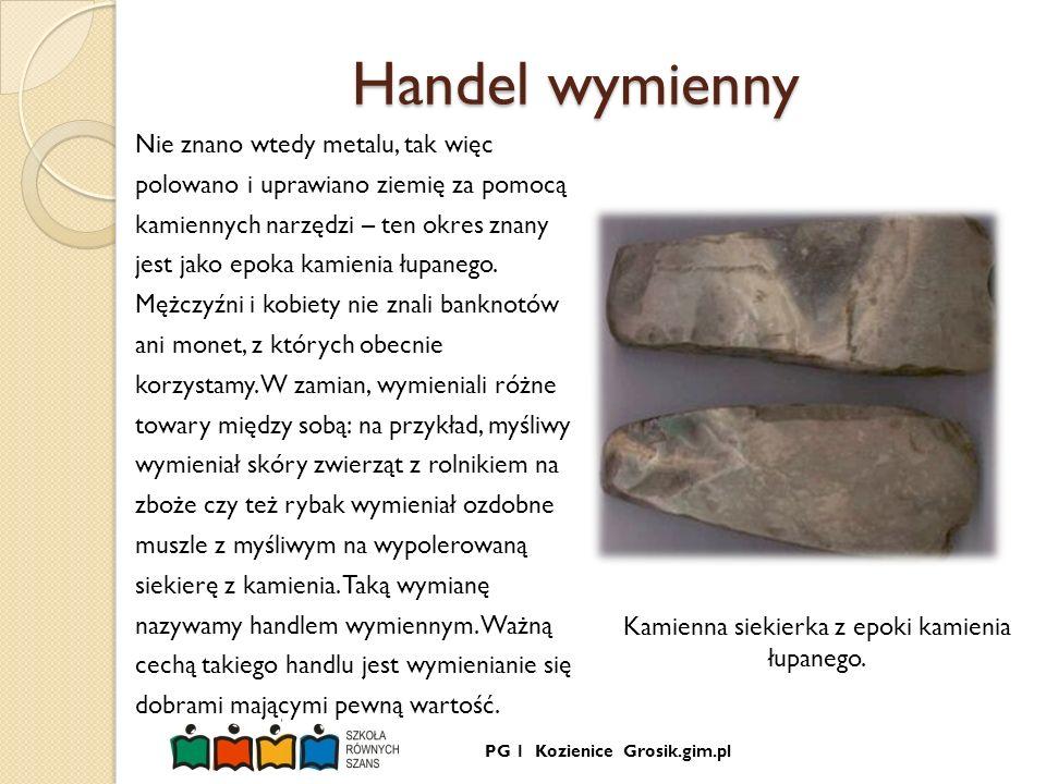 Kamienna siekierka z epoki kamienia łupanego.