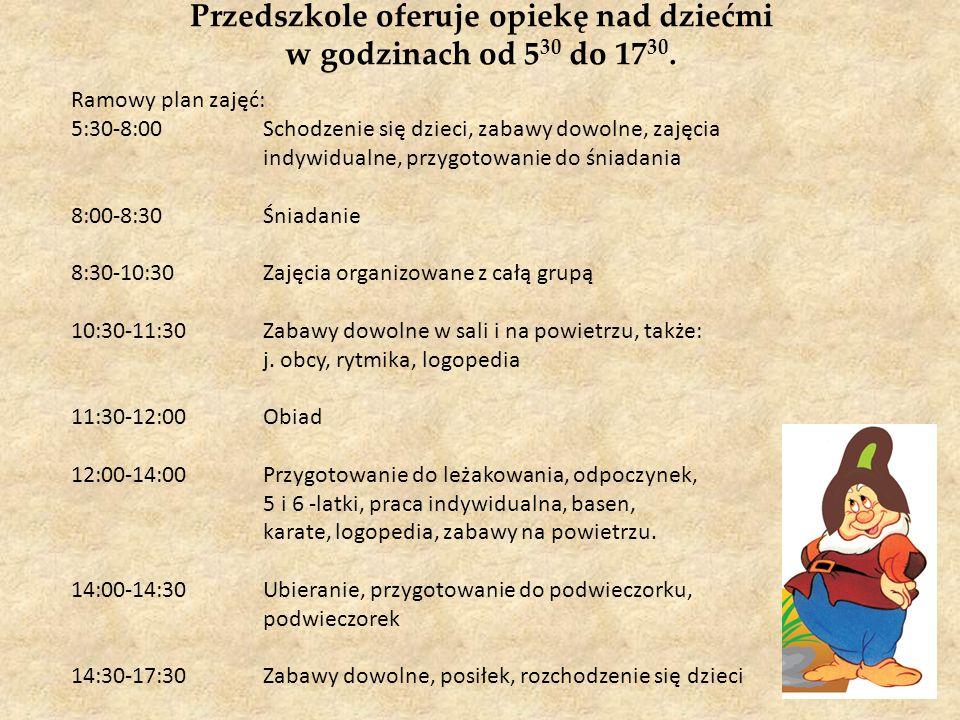 Przedszkole oferuje opiekę nad dziećmi w godzinach od 530 do 1730.