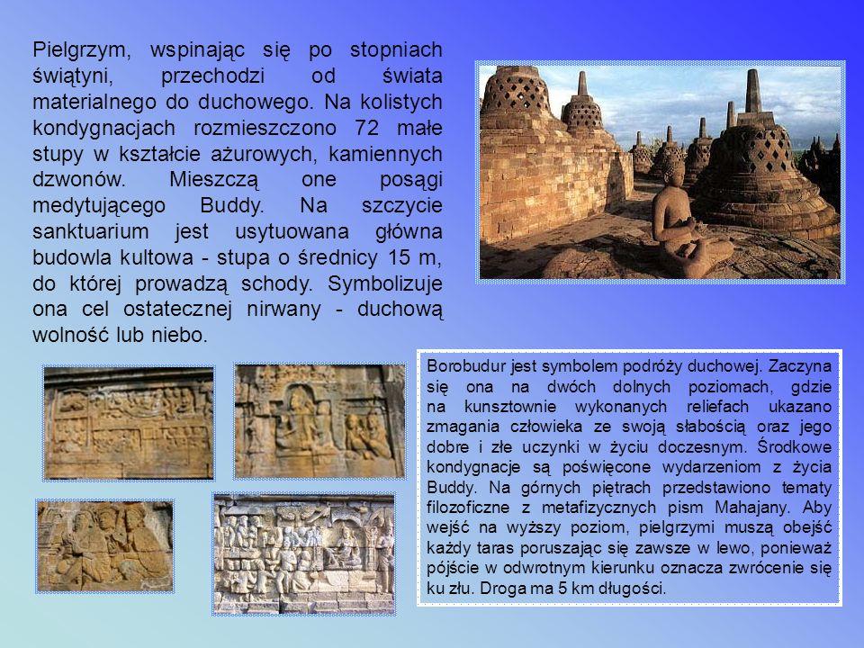 Pielgrzym, wspinając się po stopniach świątyni, przechodzi od świata materialnego do duchowego. Na kolistych kondygnacjach rozmieszczono 72 małe stupy w kształcie ażurowych, kamiennych dzwonów. Mieszczą one posągi medytującego Buddy. Na szczycie sanktuarium jest usytuowana główna budowla kultowa - stupa o średnicy 15 m, do której prowadzą schody. Symbolizuje ona cel ostatecznej nirwany - duchową wolność lub niebo.