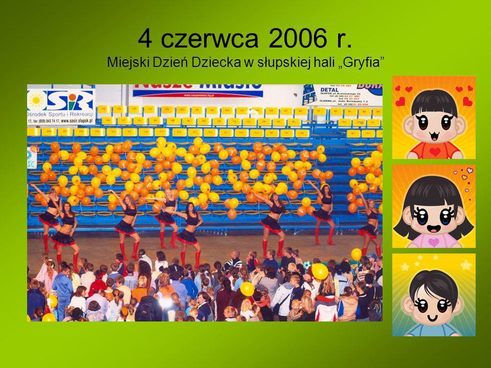 """4 czerwca 2006 r. Miejski Dzień Dziecka w słupskiej hali """"Gryfia"""