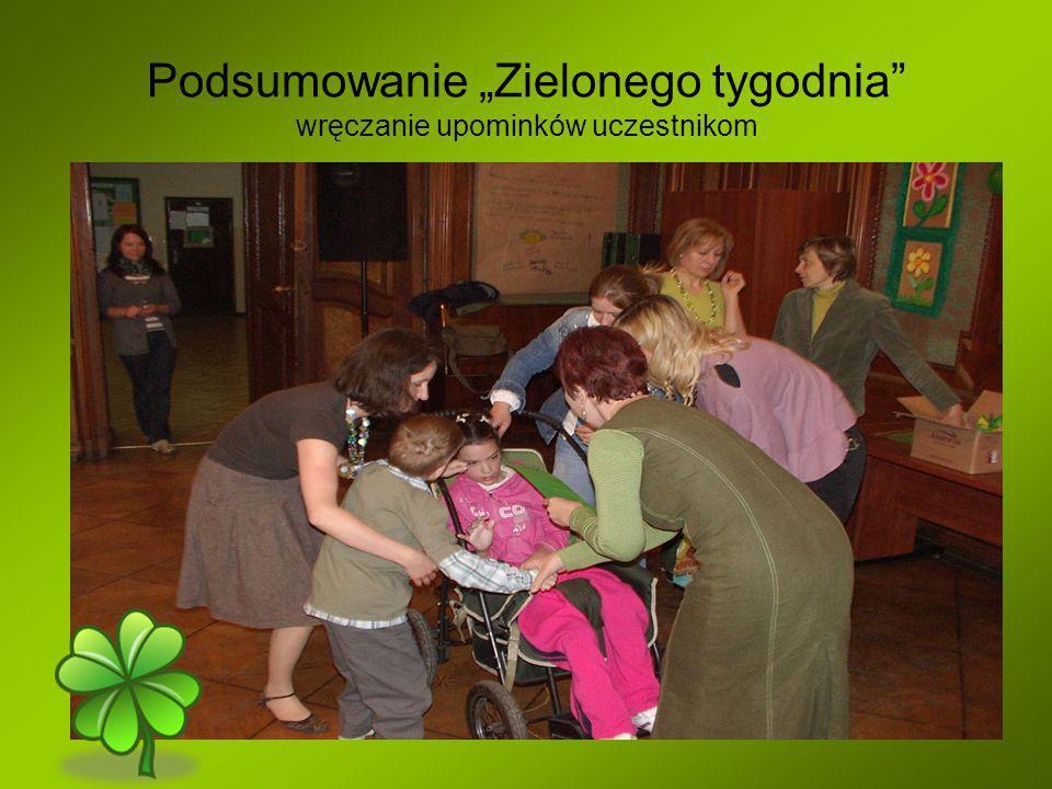 """Podsumowanie """"Zielonego tygodnia wręczanie upominków uczestnikom"""