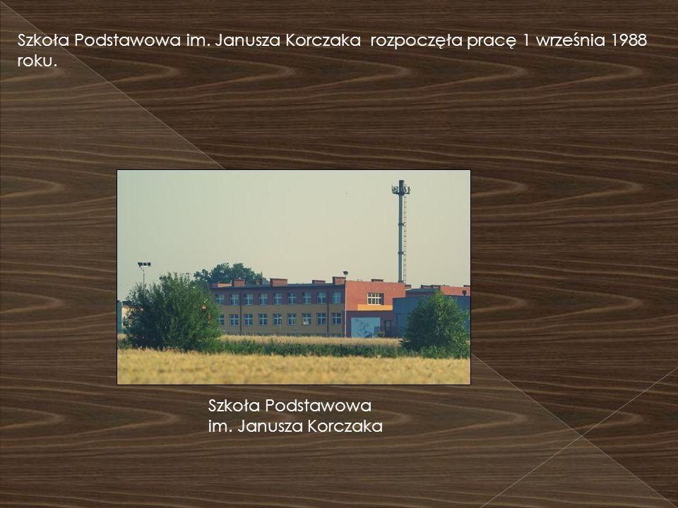 Szkoła Podstawowa im. Janusza Korczaka rozpoczęła pracę 1 września 1988 roku.