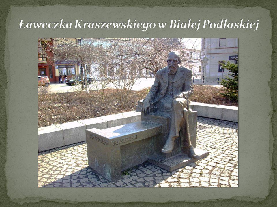 Ławeczka Kraszewskiego w Białej Podlaskiej