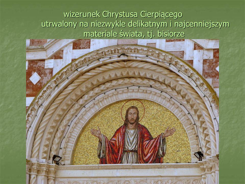 wizerunek Chrystusa Cierpiącego utrwalony na niezwykle delikatnym i najcenniejszym materiale świata, tj.