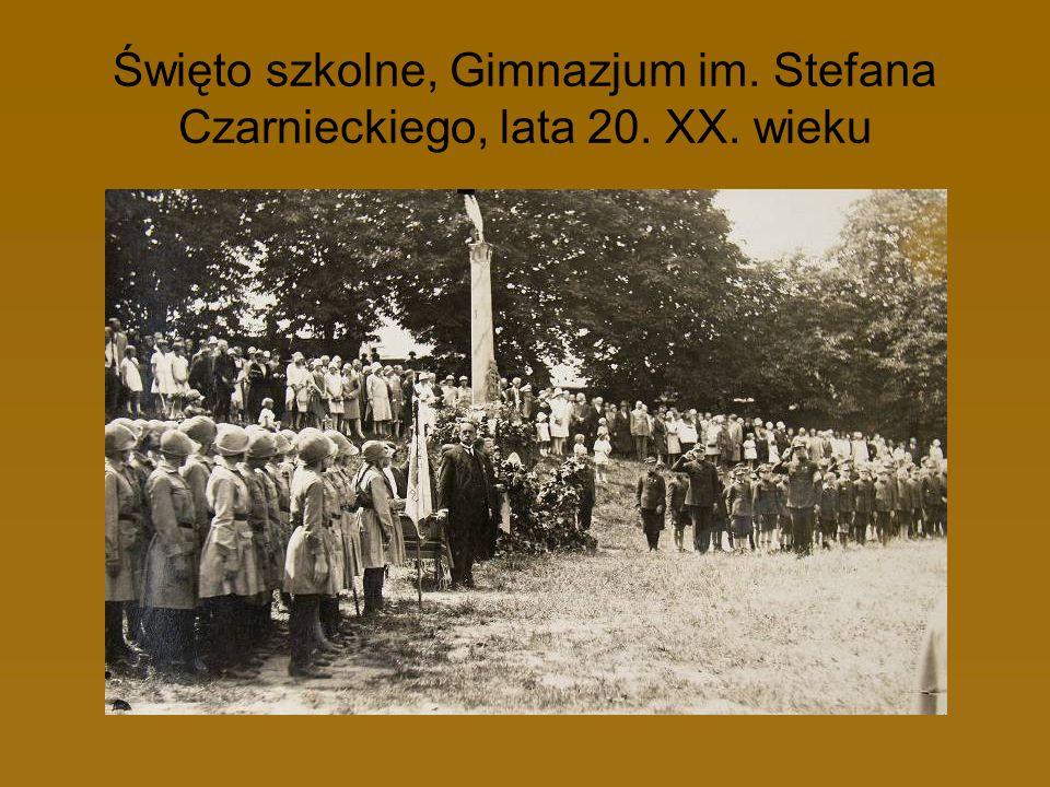 Święto szkolne, Gimnazjum im. Stefana Czarnieckiego, lata 20. XX. wieku