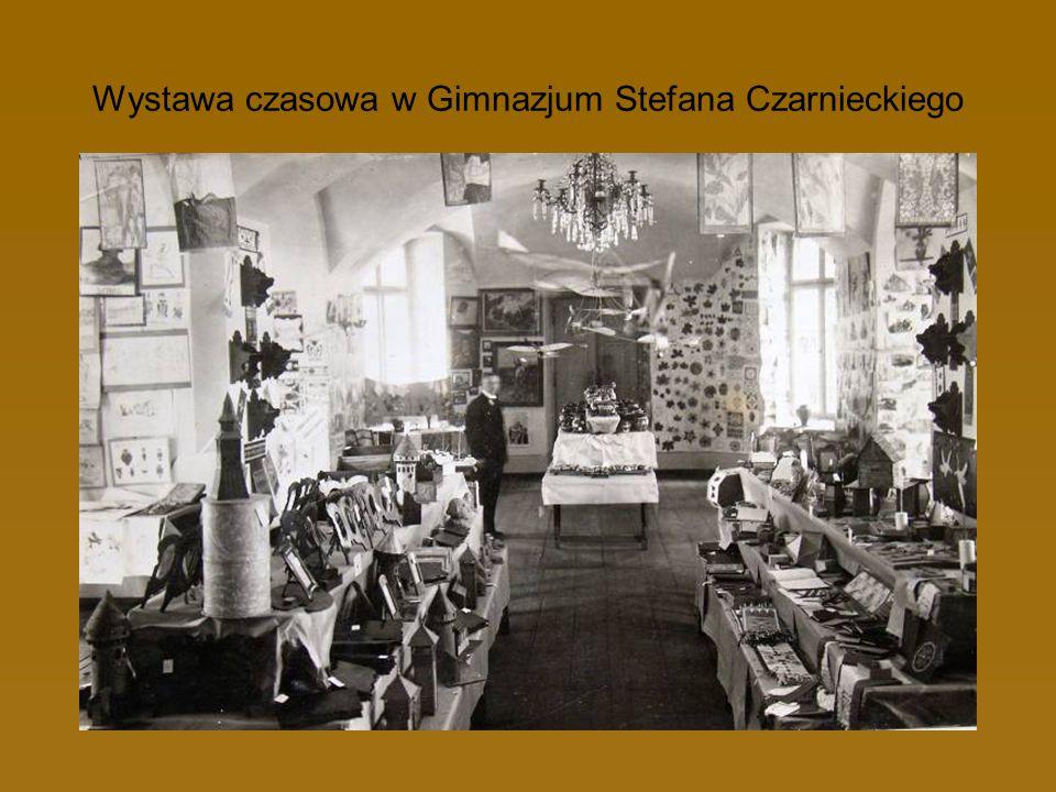 Wystawa czasowa w Gimnazjum Stefana Czarnieckiego