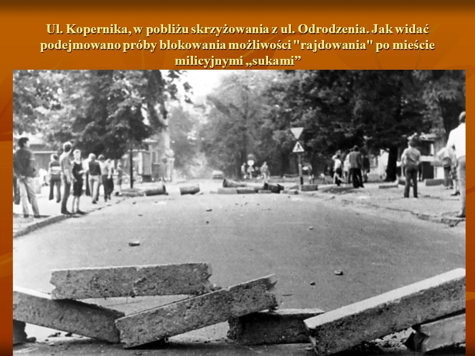 Ul. Kopernika, w pobliżu skrzyżowania z ul. Odrodzenia
