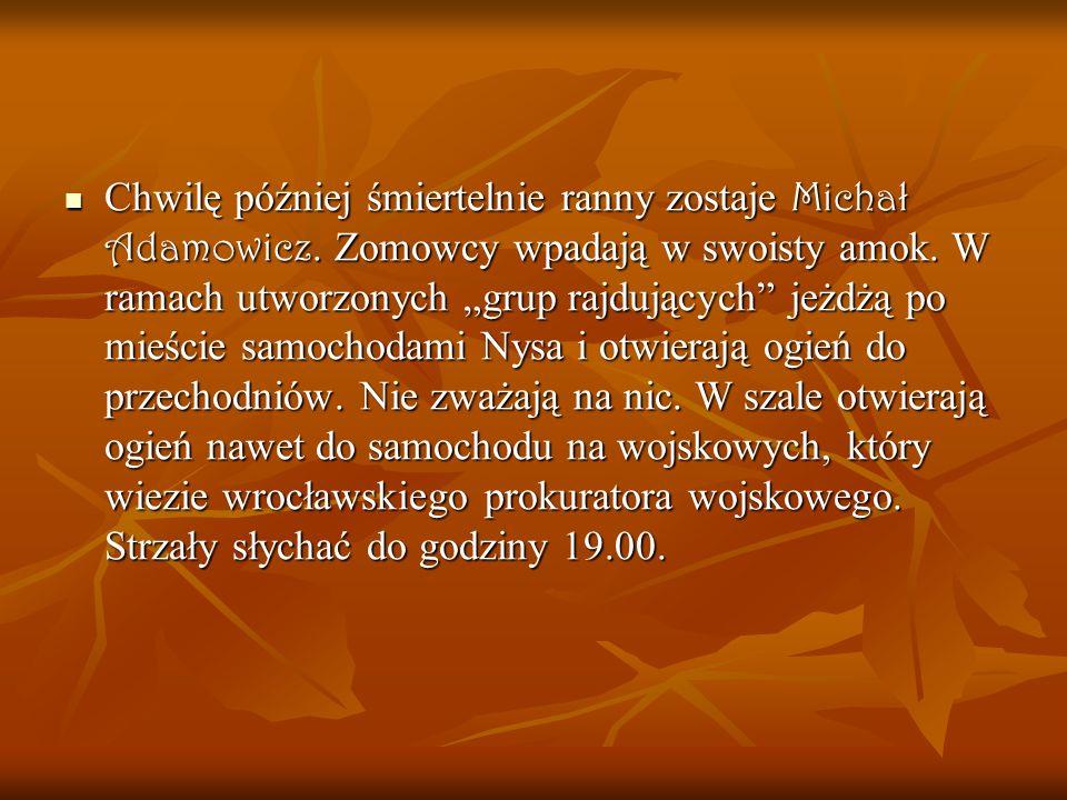 Chwilę później śmiertelnie ranny zostaje Michał Adamowicz