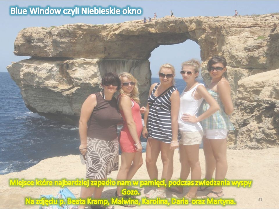 Na zdjęciu p. Beata Kramp, Malwina, Karolina, Daria oraz Martyna.
