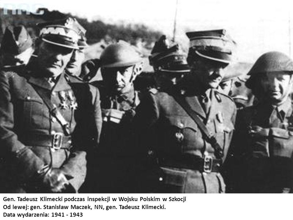Gen. Tadeusz Klimecki podczas inspekcji w Wojsku Polskim w Szkocji
