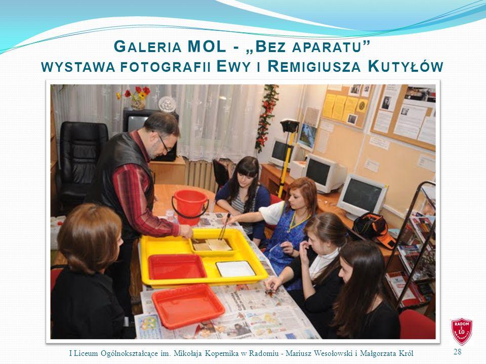 """Galeria MOL - """"Bez aparatu wystawa fotografii Ewy i Remigiusza Kutyłów"""