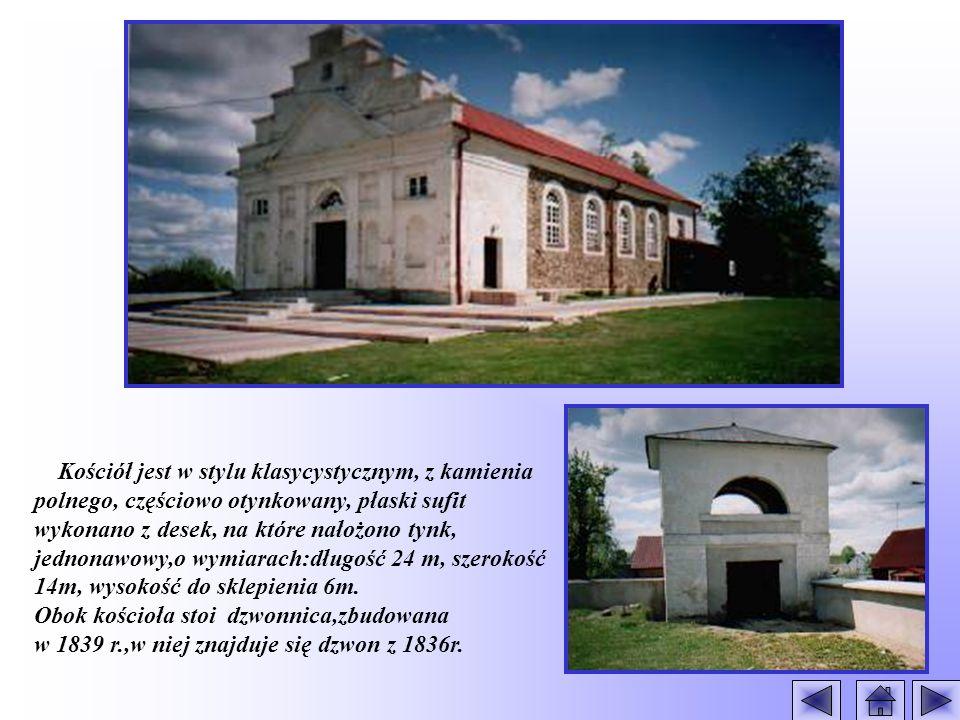 Kościół jest w stylu klasycystycznym, z kamienia