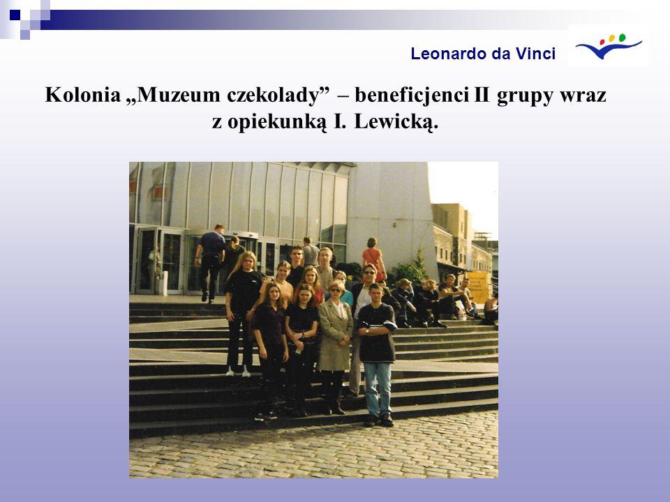 """Leonardo da Vinci Kolonia """"Muzeum czekolady – beneficjenci II grupy wraz z opiekunką I. Lewicką."""