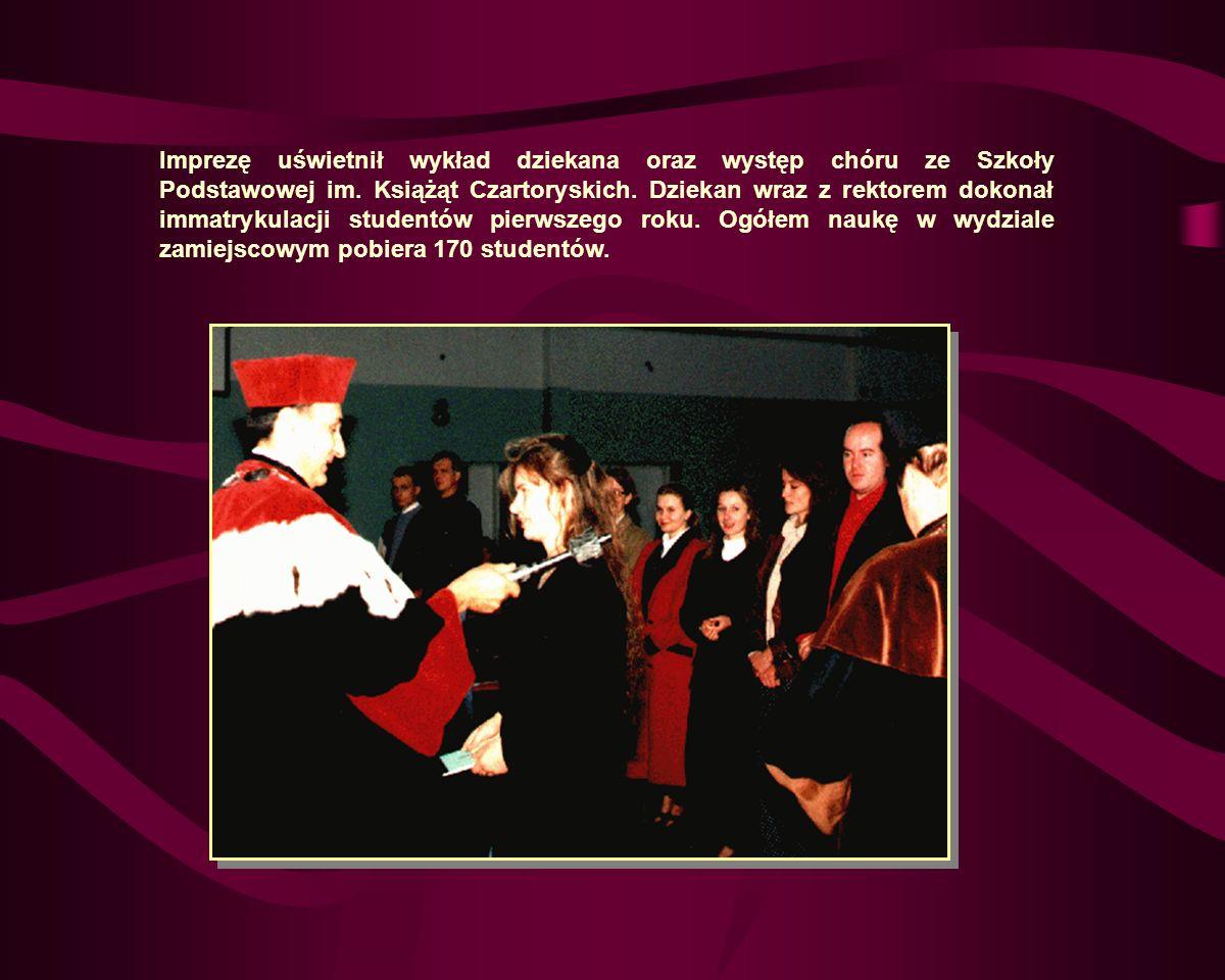 Imprezę uświetnił wykład dziekana oraz występ chóru ze Szkoły Podstawowej im.