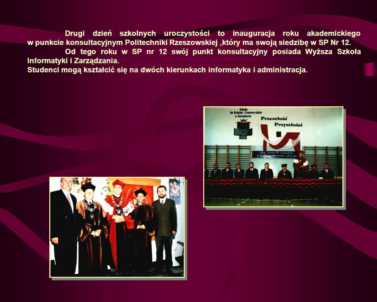 Drugi dzień szkolnych uroczystości to inauguracja roku akademickiego w punkcie konsultacyjnym Politechniki Rzeszowskiej ,który ma swoją siedzibę w SP Nr 12.