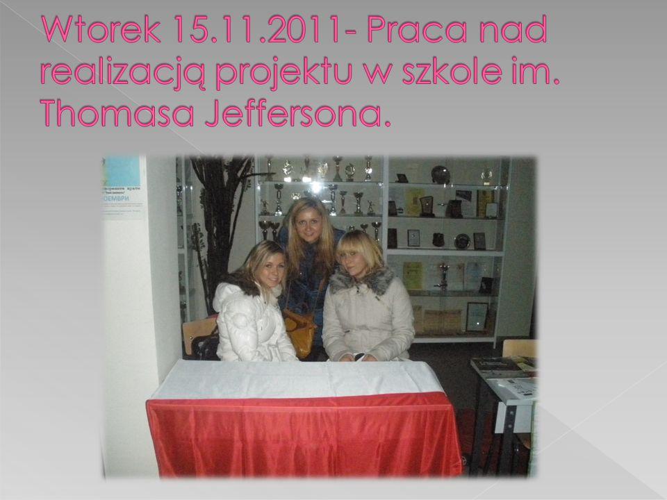 Wtorek 15. 11. 2011- Praca nad realizacją projektu w szkole im