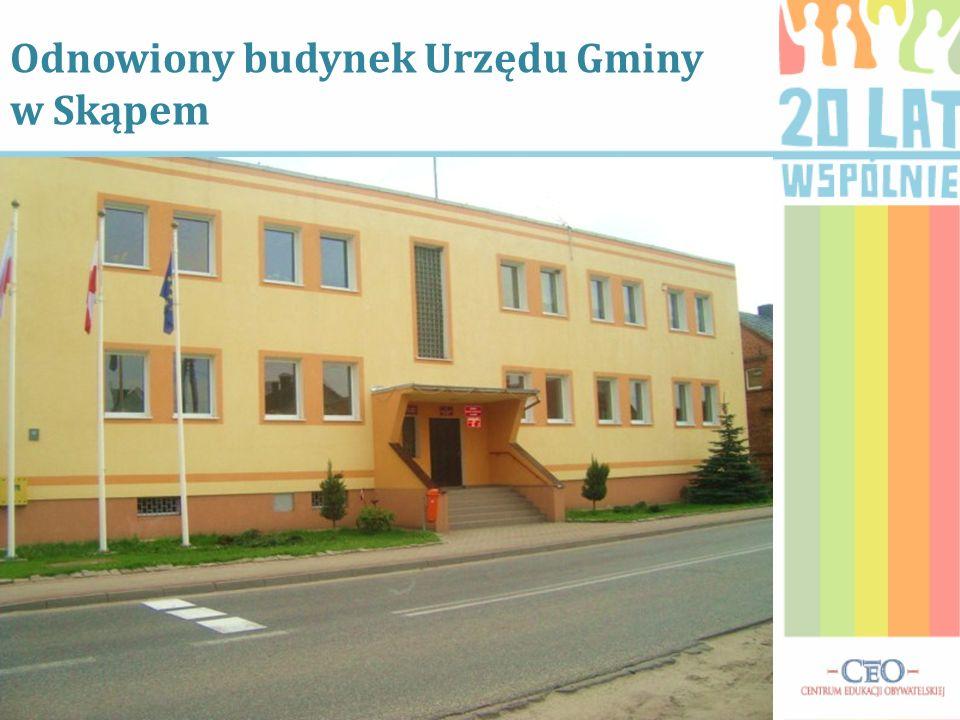 Odnowiony budynek Urzędu Gminy w Skąpem