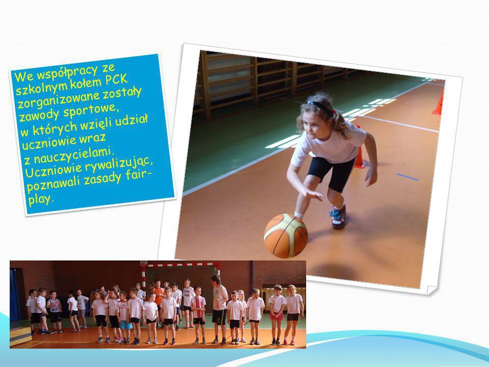 We współpracy ze szkolnym kołem PCK zorganizowane zostały zawody sportowe,