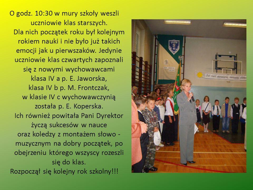O godz. 10:30 w mury szkoły weszli uczniowie klas starszych