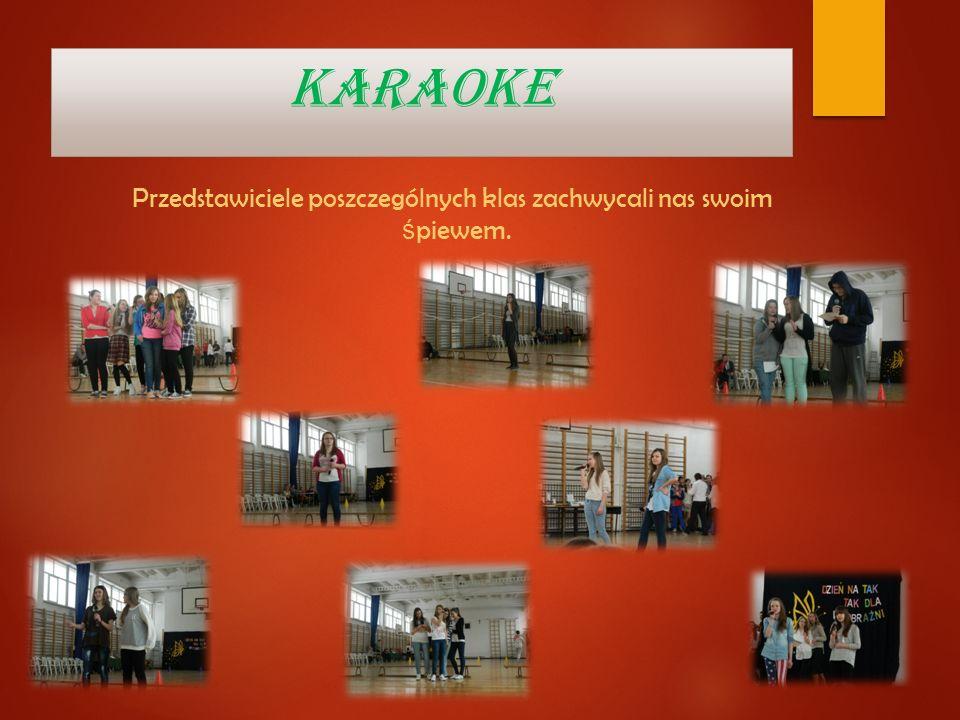 Przedstawiciele poszczególnych klas zachwycali nas swoim śpiewem.