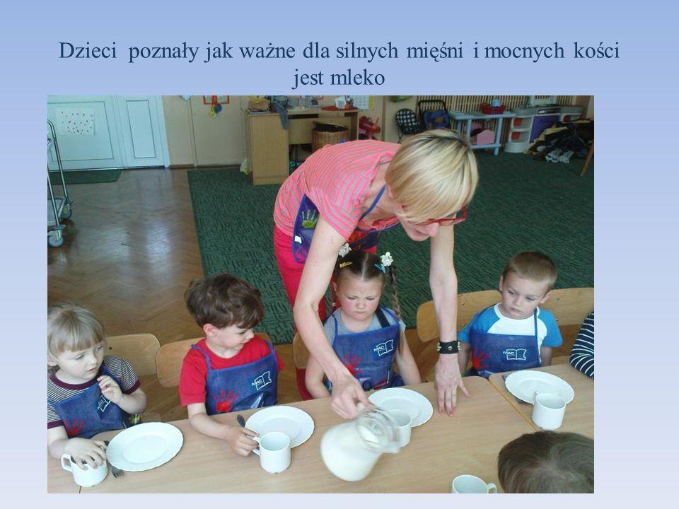 Dzieci poznały jak ważne dla silnych mięśni i mocnych kości jest mleko