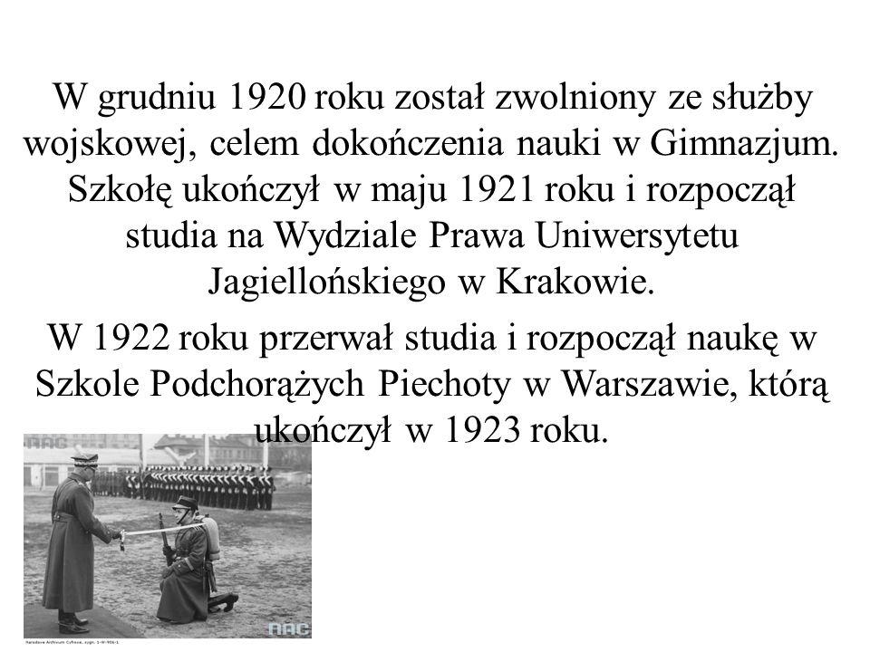 W grudniu 1920 roku został zwolniony ze służby wojskowej, celem dokończenia nauki w Gimnazjum.