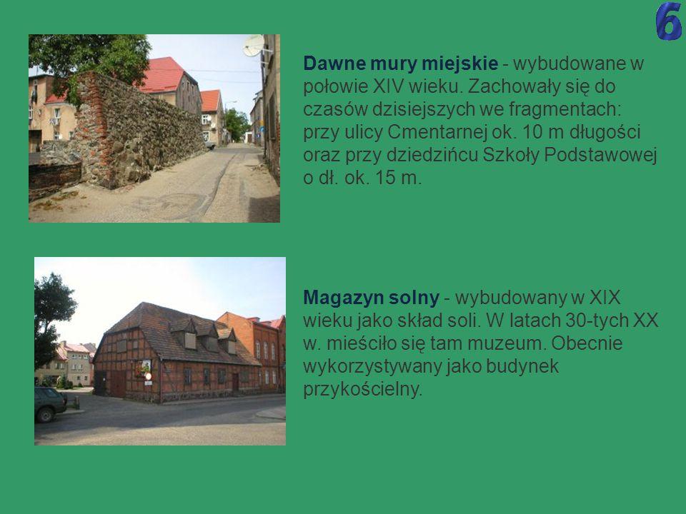 Dawne mury miejskie - wybudowane w połowie XIV wieku