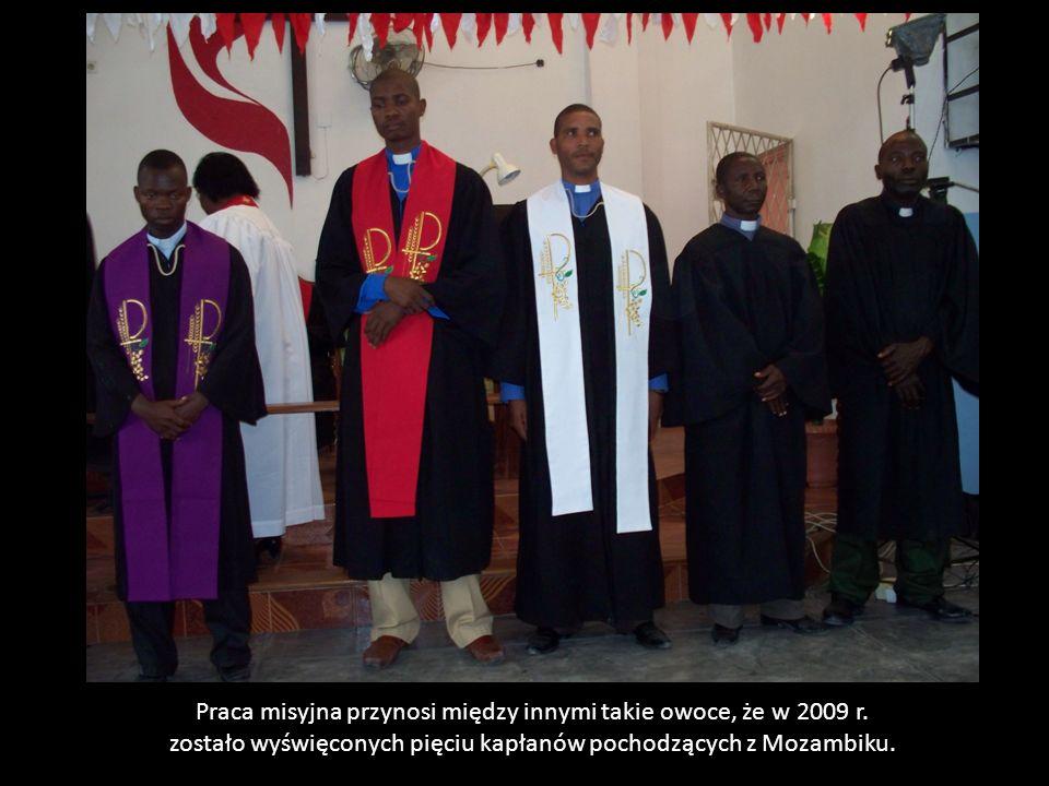 Praca misyjna przynosi między innymi takie owoce, że w 2009 r.