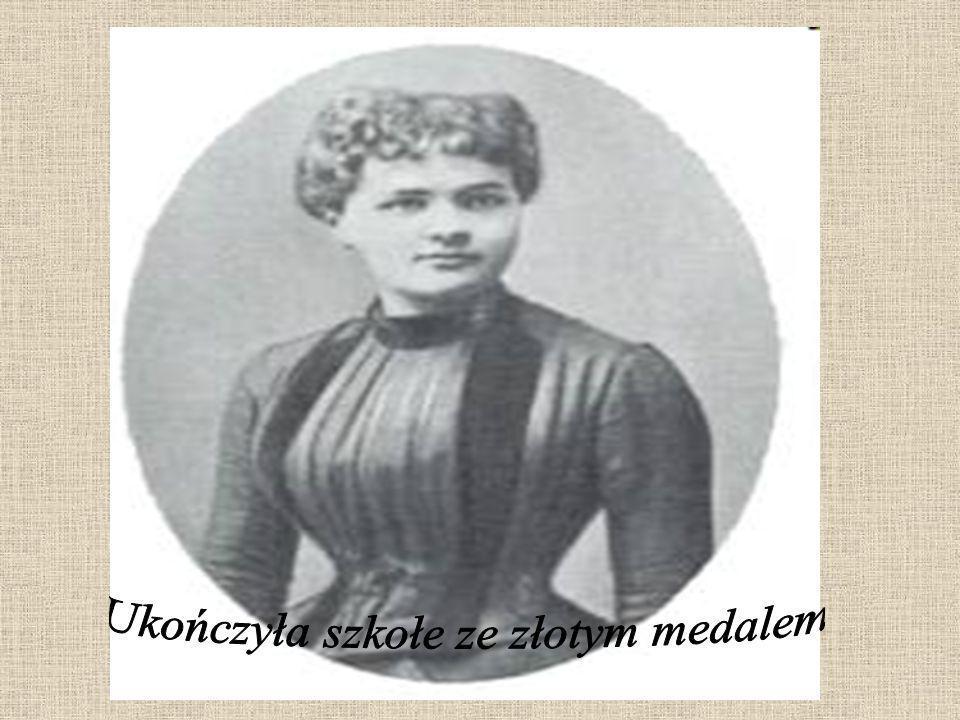 Ukończyła szkołe ze złotym medalem
