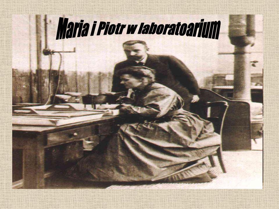 Maria i Piotr w laboratoarium