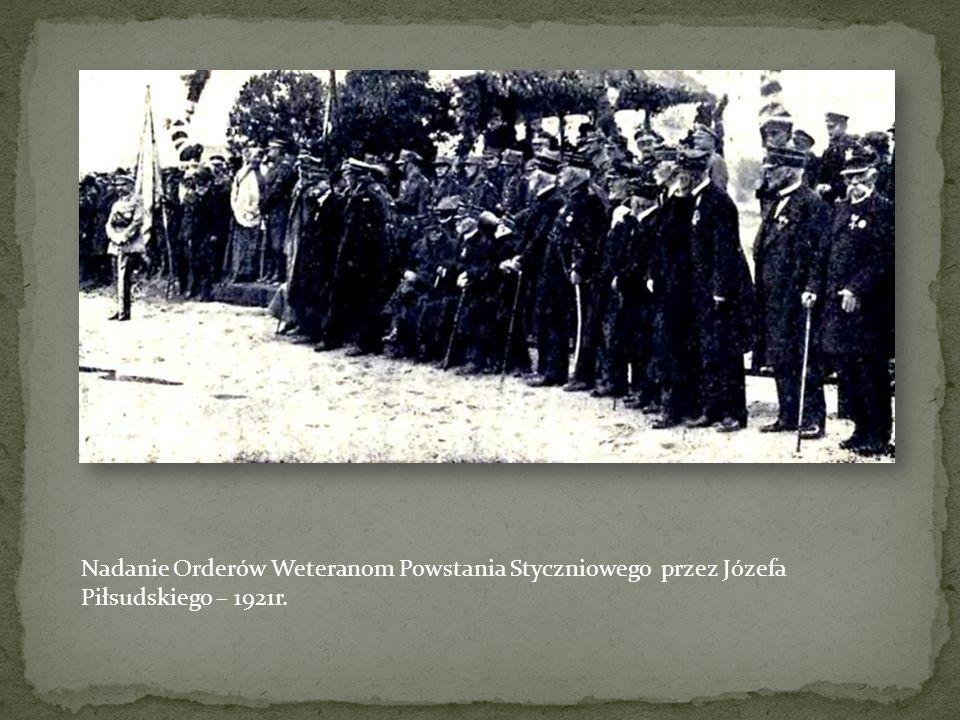 Nadanie Orderów Weteranom Powstania Styczniowego przez Józefa Piłsudskiego – 1921r.