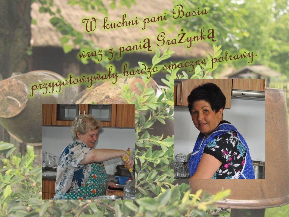 W kuchni pani Basia wraz z panią Grażynką przygotowywały bardzo smaczne potrawy.
