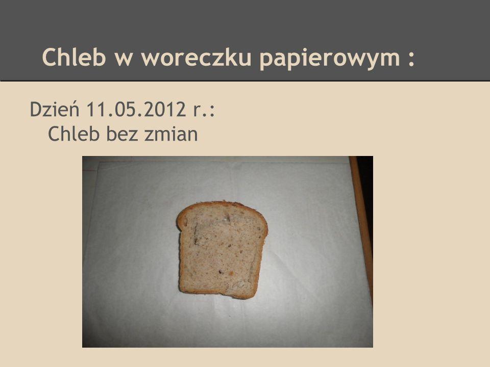 Chleb w woreczku papierowym :