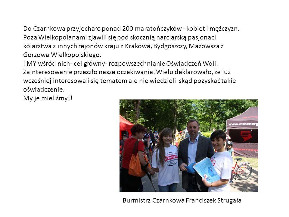 Do Czarnkowa przyjechało ponad 200 maratończyków - kobiet i mężczyzn
