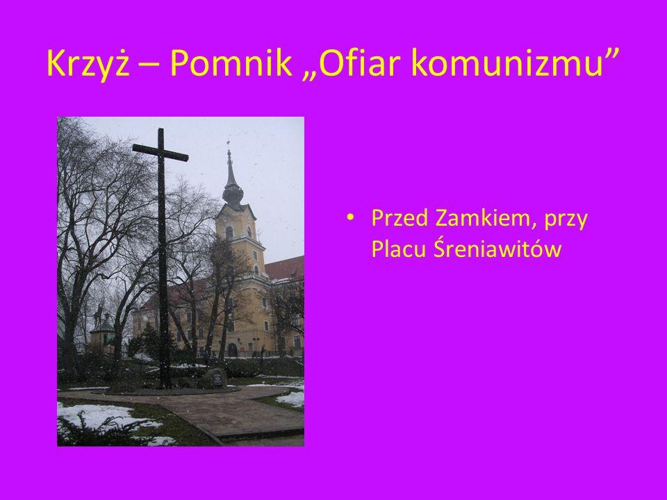 """Krzyż – Pomnik """"Ofiar komunizmu"""