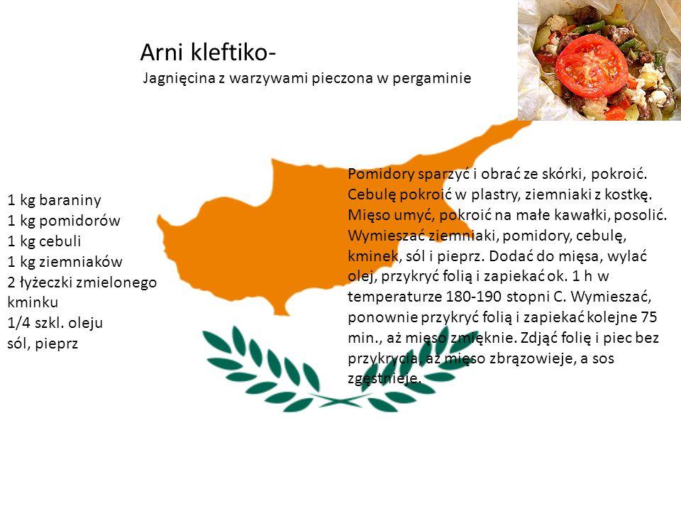 Arni kleftiko- Jagnięcina z warzywami pieczona w pergaminie